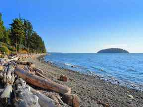 Property for sale at 6487 SUNSHINE COAST Highway, Sechelt,  BC V0N 3A8