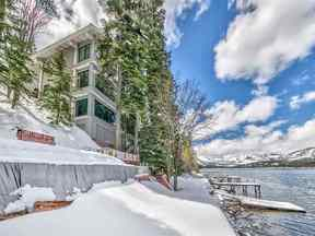 Property for sale at 14060 South Shore Drive, Truckee,  CA 96161