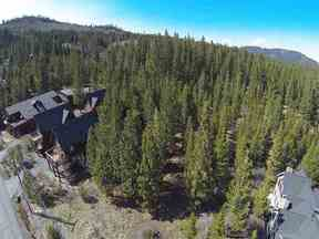Property for sale at 16724 Skislope Way, Truckee,  CA 96161