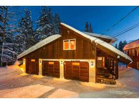 Property for sale at 11750 Bennett Flat Road, Truckee,  CA 96161