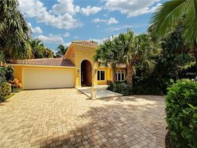 Property for sale at 725 Brightwaters Boulevard Ne, St Petersburg, FL 33704