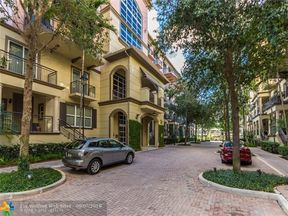 Property for sale at 2633 NE 14th Ave Unit: 308, Wilton Manors,  Florida 33334