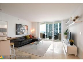 Property for sale at 17555 Atlantic Blvd Unit: UPH5, Sunny Isles Beach,  Florida 33160