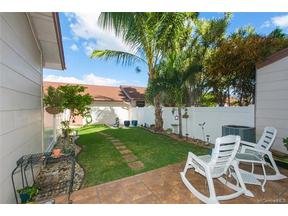 Property for sale at 91-1026 Kaimalie Street Unit: Q2, Ewa Beach,  HI 96706
