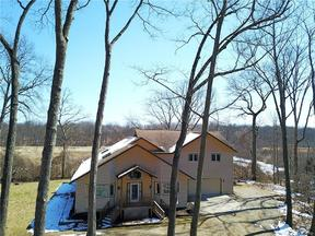 Property for sale at 2164 GEORGELAND DR, Waterford Township,  MI 48329
