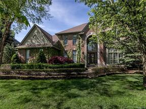Property for sale at 2085 MAPLERIDGE RD, Rochester Hills,  MI 48309