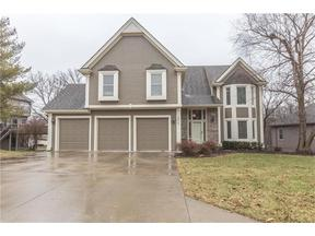 Property for sale at 5617 Meadow Lake Street, Parkville,  Missouri 64152