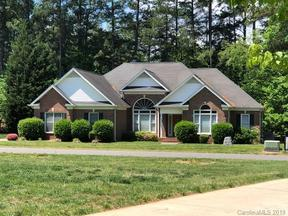 Property for sale at 135 Lynn Cove Lane, Mooresville,  North Carolina 28117
