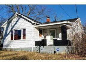 Property for sale at 9 Burton Road, Middletown,  OH 45044