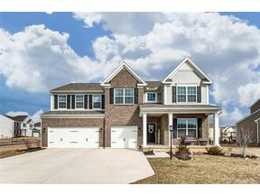 Property for sale at 1560 Amberley Court, Beavercreek,  OH 45385