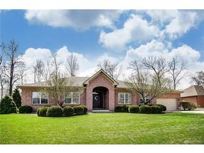 Property for sale at 1268 Oakleaf Drive, Beavercreek,  OH 45434