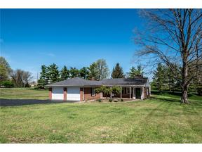 Property for sale at 106 Hickory Lane, Lebanon,  OH 45036