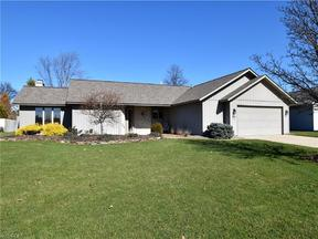 Property for sale at 32520 Briarwood Dr, North Ridgeville,  OH 44039