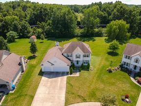 Property for sale at 27093 Glenside Ln, Olmsted Township,  OH 44138