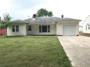 Property for sale at 6812 Oakwood Rd, Parma Heights,  OH 44130