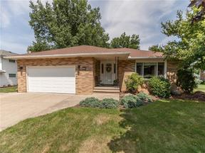 Property for sale at 665 Lander Dr, Highland Heights,  OH 44143