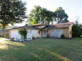 Property for sale at 26893 Sweetbriar Dr, North Olmsted,  OH 44070