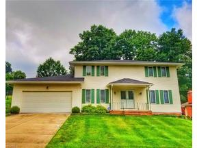 Property for sale at 6800 Cheryl Ann Dr, Seven Hills,  OH 44131