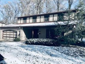 Property for sale at 27740 Sanders Ln, North Olmsted,  OH 44070