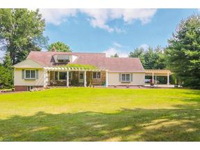 Property for sale at 4331 Porter Rd, North Olmsted,  OH 44070