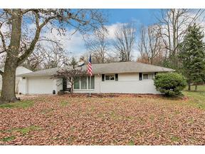 Property for sale at 6999 Wilson Mills Rd, Mayfield Village,  OH 44040