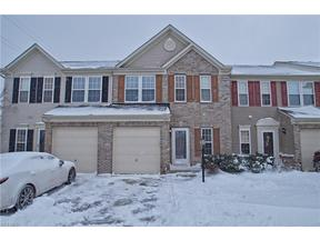 Property for sale at 103 Ledgestone Ct, Berea,  OH 44017
