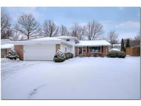 Property for sale at 26643 Fairfax Ln, North Olmsted,  OH 44070