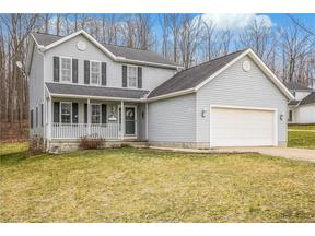 Property for sale at 119 Sugarbush Glen, Chardon,  OH 44024