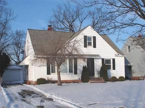 Property for sale at 5375 Huron Rd, Lyndhurst,  OH 44124