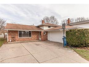 Property for sale at 21116 Mastick Rd, Fairview Park,  Ohio 44126
