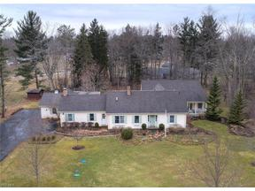 Property for sale at 25 Garden Park Dr, Chagrin Falls,  Ohio 44022