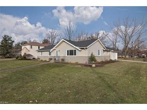 Property for sale at 24815 Greenwich Ln, Beachwood,  Ohio 44122