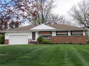 Property for sale at 917 Twilight Drive, Seven Hills,  Ohio 44131