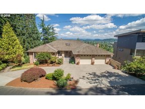 Property for sale at 1428 SE 71st AVE, Portland,  OR 97215