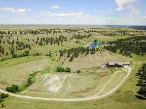 Property for sale at 19170 Elk Run Lane, Belle Fourche,  SD 57717