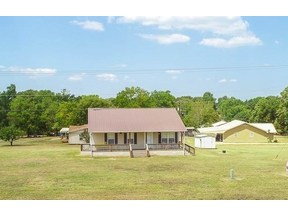 Property for sale at 1304 Adelyn, Gilmer,  Texas 75644