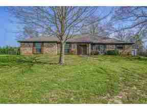 Property for sale at 2100 Rocking B Ranch Rd, Longview,  TX 75604