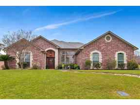 Property for sale at 301 Ithaca Dr, Longview,  Texas 75604