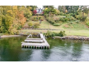 Property for sale at 1215 Evergreen Point Rd, Medina,  WA 98039