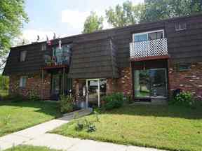 Property for sale at 4541 Crescent Rd Unit E, Fitchburg,  Wisconsin 53711