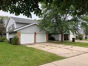 Property for sale at 44 Stonehaven Dr, Sun Prairie,  Wisconsin 53590